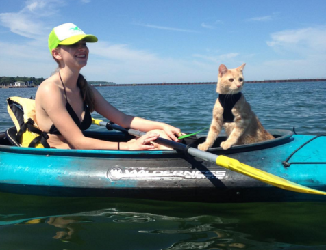 Cute4Kind | Mango the Adventure Cat  on kayak with humom having adventurous kitty time